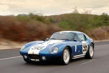 Shelby Daytona Cobra Coupe - article by Brian Smith