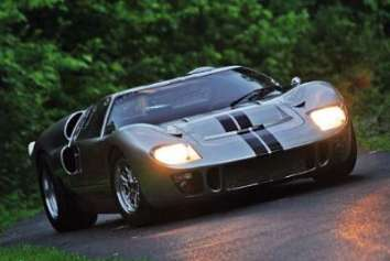 Superformance SPF GT40 detailed in Kit Car Magazine